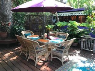 Dining are in El Jardin Encatador.