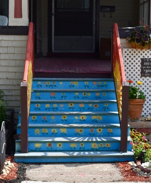 The front view of teh stairs used in the lead photo. Found on Ketchum Place in Buffalo.