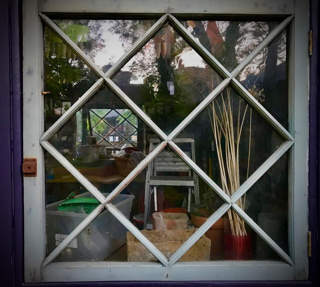diamond mullioned window