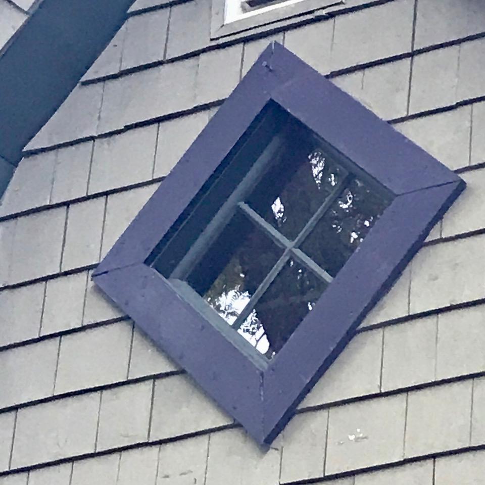 diamond window